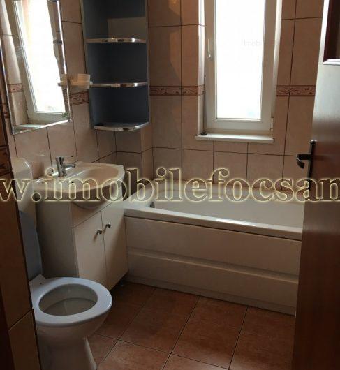 Apartament 2 camere, etajul 2/4, zona Gara, Focsani – BLOC NOU